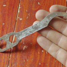 scule / unelte vechi - cheie universala pentru bicicleta - No 1+2+3+4 !!!