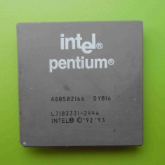 Procesor Intel Pentium 166MHz FSB 66 SY016 socket 5 - Procesor PC Intel, Numar nuclee: 1, Sub 1.0GHZ, Socket: 5