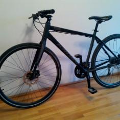 Bicicleta trekking Kross Seto M, 27.5 inch, 28 inch, Numar viteze: 27