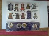 Bnk jc  Doctor Who - Set insigne si stickere