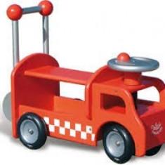 Premergator din lemn pentru copii masina de pompieri, Vilac - Vehicul