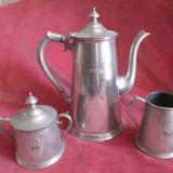 Set antic de ceai din cositor, Ceainic vechi, zaharnita si letiera, gravate - Metal/Fonta