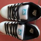 Adidasi Skate (Sk8) pentru fete albi multicolor ADIO, 37 (23,5) noi, din piele