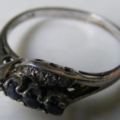 Inel vechi din argint cu pietre albe si albastre - de colectie - Inel argint