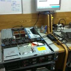Server HP Proliant DL380 G4 2x CPU 3, 8 Ghz Memorii 2Gb RAM 2x Surse DVD
