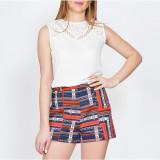 Bluza Dama. Model Sleeveless White with Lace