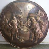 Panoplie veche, franceza, metalica, cu basoreliefuri