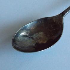 Lingurita de argint -Dublin 725, Tacamuri