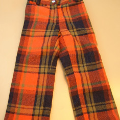 Pantaloni copii cca 4 ani, stofa+ captuseala, ca noi, cocheti, vezi dimensiuni Umbro, Marime: Masura unica, Culoare: Din imagine