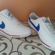 Adidasi Tenisi Nike SL nr, 44 LICHIDARE DE STOC ! - Adidasi barbati Nike, Culoare: Alb