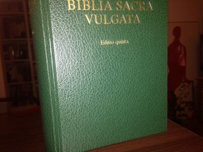 BIBLIA SACRA( VULGATA). EDITIO QUINTA, DEUTSCHE BIBELGESELLSCHAFT STUTTGART 2007 foto