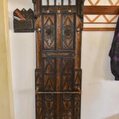 Cuier de stejar produs prin 1925 - 1926 - Cuier hol