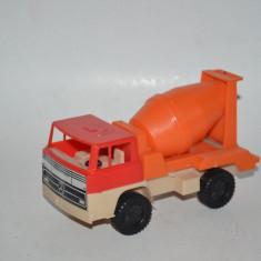 Masinuta veche de colectie betoniera din plastic - Made in West Germany - Macheta auto, 1:55