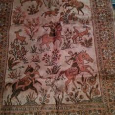 Covoras, carpeta cu vanatoare de animale salbatice - Covor vechi