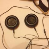 Casti Skullcandy cassette negre.
