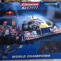 Pista Masini Formula1 Carrera 5.4m electric RedBul World Champions nou sigilat - Masinuta Carrera, 4-6 ani, Electrice, Plastic, Unisex