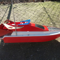 Barca plantat pescuit - Fly Fishing