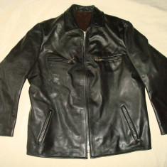 Geaca barbati, piele naturala, culoare neagra model clasic/casual, aproape noua., Marime: XL, Culoare: Negru