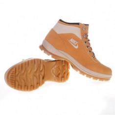 Ghete-bocanci Nike Mandara - Ghete barbati Nike, Marime: 37, Culoare: Camel, Piele sintetica