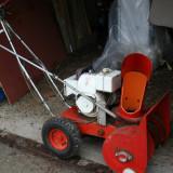 Masina de curatat zapada motor benzina Briggs&Stratton cu freza metalica