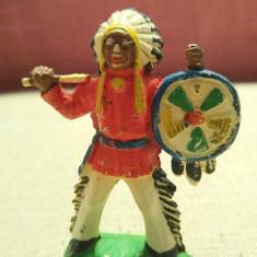 Jucarie figurina indian capetenie, 8cm, cauciuc, vechi, colectie, decor, diorama