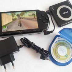 PSP Sony 3004 modat permanent GTA Vice City + joc UMD + baterie externa + incarcator