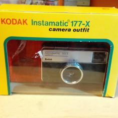 Kodak Instamatic 133-X Camera outfit vintage - Aparat Foto cu Film Kodak