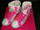 Adidasi Ghete superbe , marime 38 , culoare roz + gri , piele naturala 100%
