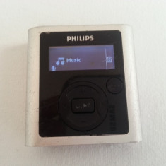 Philips GoGear 2GB mp3 player inregistrare voce, Gri, Display