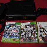 Xbox 360 Microsoft slim 250gb cu 3 jocuri