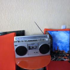 SONY CFS45 Radiocasetofon AM FM SW LW radio si casul nu merg, 0-40 W
