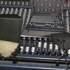 Sistem PA YAMAHA (made in USA)-1000 W(mixer EMX5000-20, boxe Club IV, case, huse)