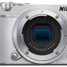 Nikon 1 J5 kit (cu obiectiv 10-30 PD-Zoom), alb - Aparat Foto compact Canon