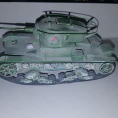 + Macheta 1/35 Tanc rusesc T-26 +