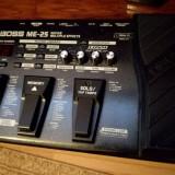Se vinde BOSS ME-25 (procesor chitara)