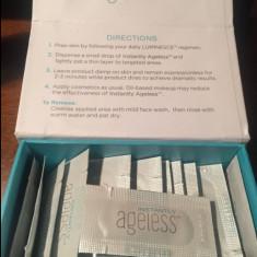 INSTANTLY AGELESS - 3 cutii - Crema anticearcane