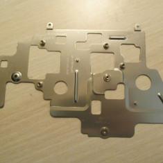 Suport metalic DELL Latitude E6500 Produs functional Poze reale 0256DA