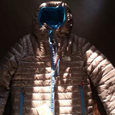 Geaca puf North Face M - Imbracaminte outdoor The North Face, Marime: M, Geci, Barbati