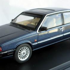 Premium X Volvo 780 coupe Bertone 1977 1:43