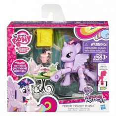 Jucarie My Little Pony Friendship Is Magic Princess Twilight Sparkle Reading Cafe