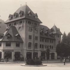SINAIA, PARK HOTEL CU BOMBONERIA PALATULUI CIRCULATA 1931 - Carte Postala Muntenia dupa 1918, Fotografie
