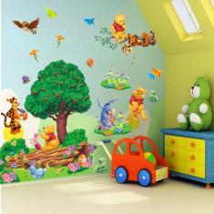 STICKER perete personaje Winnie the Pooh DESENE ANIMATE cu copac copaci 60x90 cm