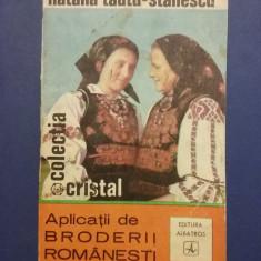 Aplicatii de broderii romanesti - Natalia Tautu / R3P3S - Carte design vestimentar