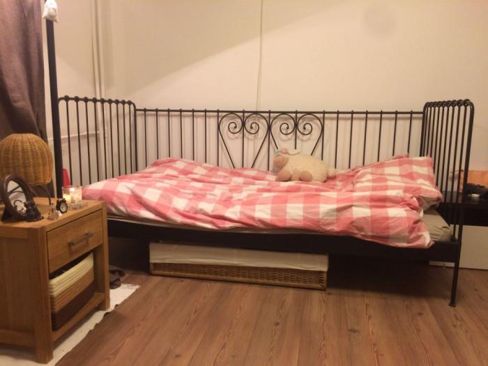 Pat divan ikea din fier forjat pat dormitor okazii for Divan livrare
