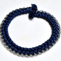 Colier dama handmade cu lant argintiu si fire albastre