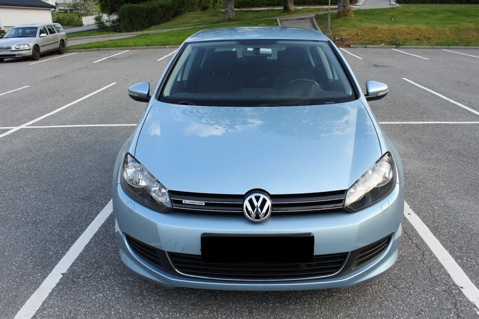 volkswagen golf 1 6 tdi bluemotion 105 cp an fabricatie 2010 motorina diesel 46200 km 1598. Black Bedroom Furniture Sets. Home Design Ideas