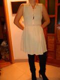Rochie, rochita, femei, marimea XS-S, marca Zara. COMANDA MINIMA 30 LEI!, Crem, Fara maneca