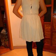 Rochie, rochita, femei, marimea XS-S, marca Zara. COMANDA MINIMA 30 LEI!