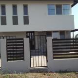 Vila 3 eleganta de vanzare
