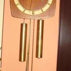 Ceas de perete cu pendul si greutati - Kienzle - Pendula
